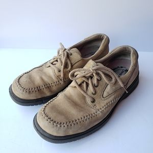 Hush Puppies tan leather lace up shoes